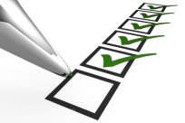 Unit Test gruener Checker © Mindwalker (Fotolia)